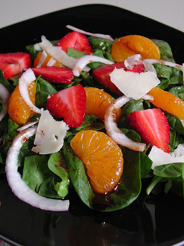 Strawberry Almond Crunch Salad » Strawberry Almond Mandarin Salad